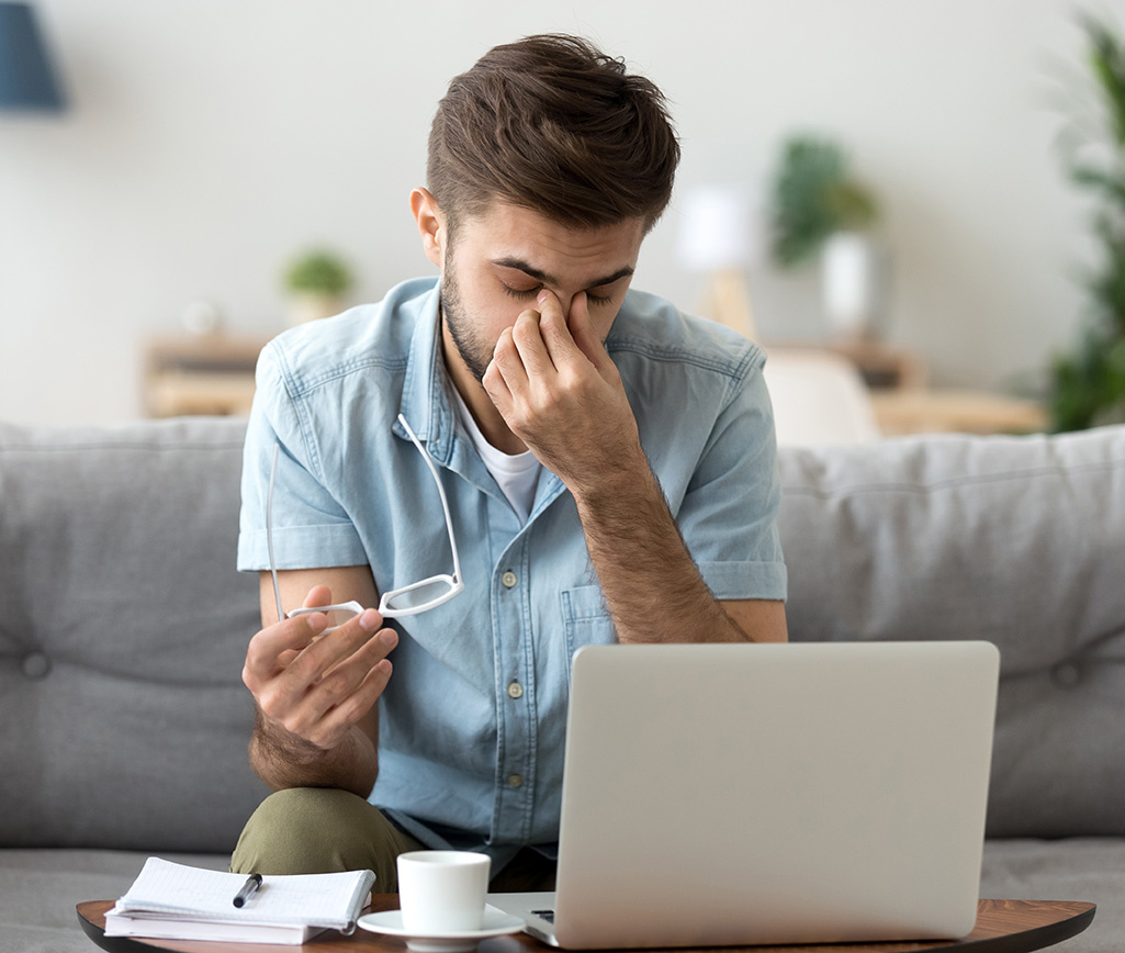 man with eye damage an Elmiron® side effect